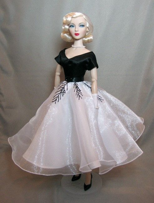 Classic Doll Designs Pattern Blog: Barbie dress pattern (inspired by ...