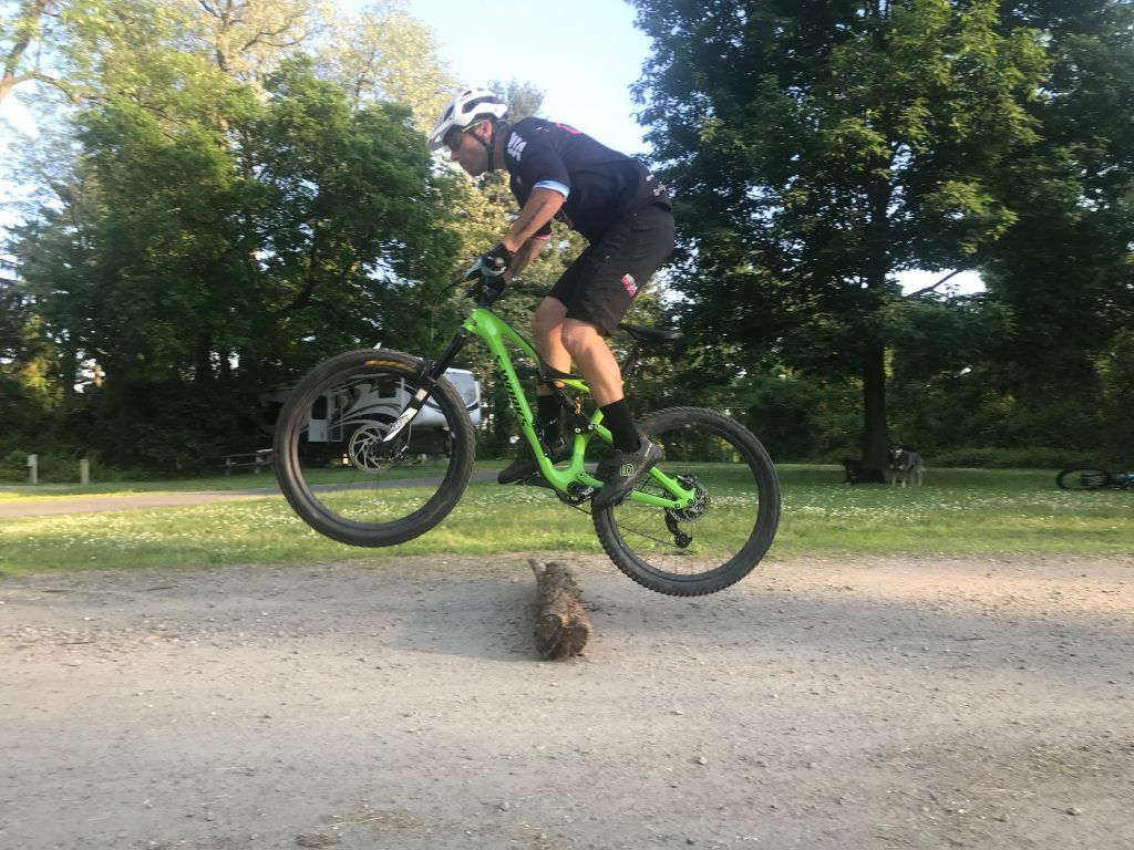 How to bunny hop stepbystep guide in 2020 bike riding
