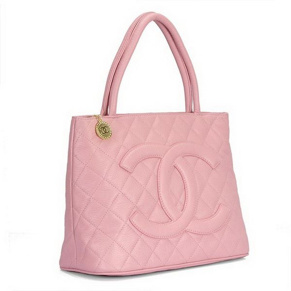 Chanel Tote! and it's Pink! | Fashionable | Pinterest | Chanel tote