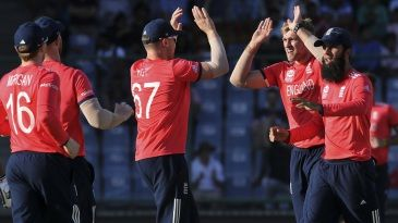 Live cricket scores, commentary, match coverage | Cricket ...