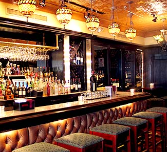 Old Homestead Love The Padded Bar Face Fun Restaurants In Nyc Old Homestead Steakhouse Nyc Restaurants