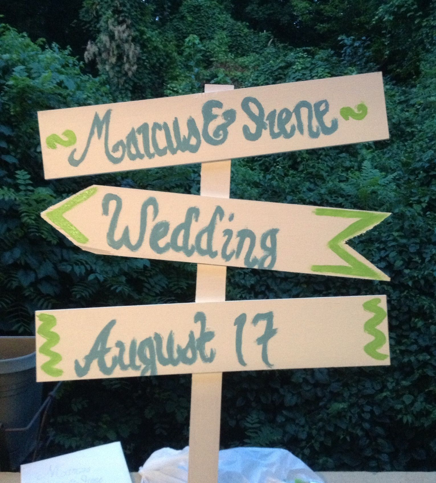 Wedding sign DIY