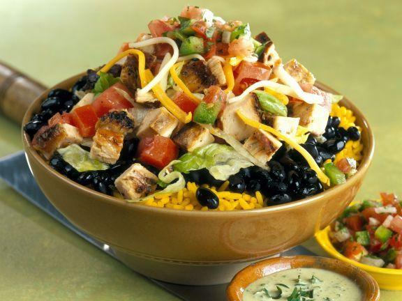 Reis mit Bohnen-Hähnchen-Salat ist ein Rezept mit frischen Zutaten aus der Kategorie Hähnchen. Probieren Sie dieses und weitere Rezepte von EAT SMARTER!