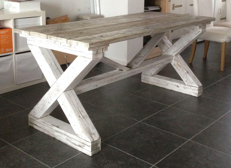 Maak deze tafel zelf met mijn handige bouwtekening. www.bouwtekening-steigerhout.com/bouwtekeningen-pakket/