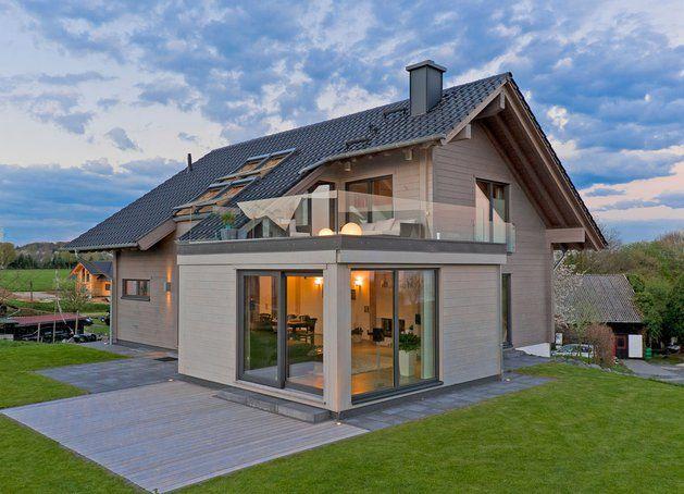 Modernes holzhaus satteldach  Grundgerüst Fachwerk-Spielhaus | fachwerk | Pinterest | Fachwerk ...