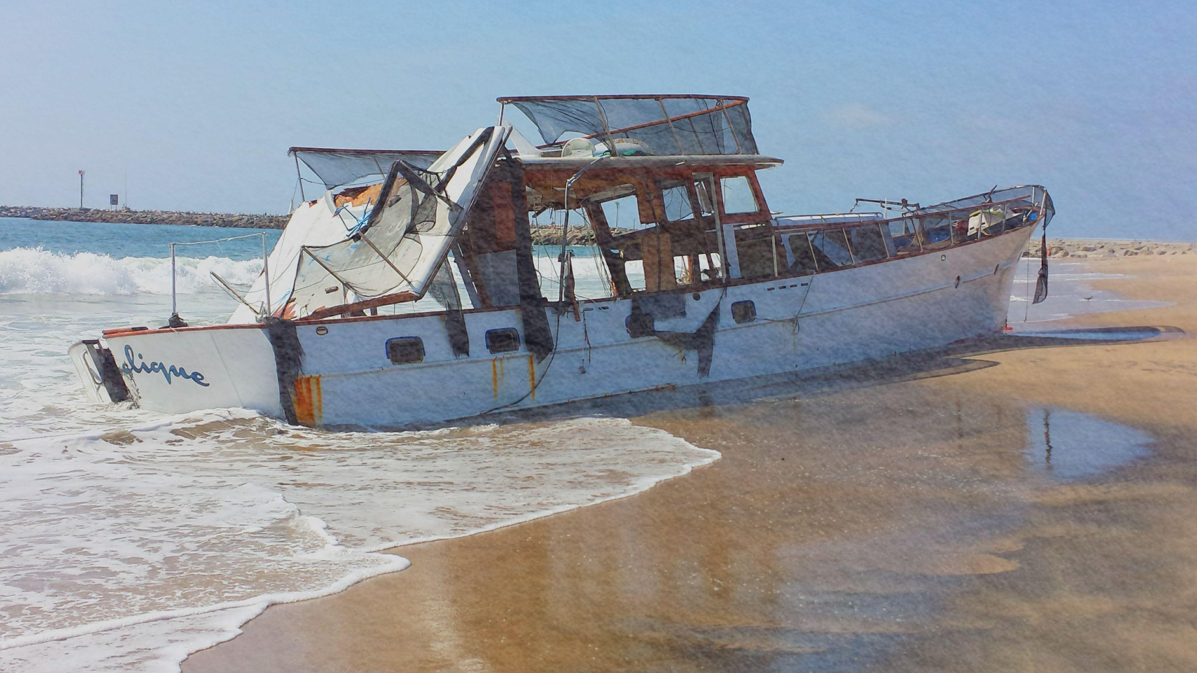 Shipwrecked Playa Del Rey Playa Del Rey Artsy Fartsy Playa