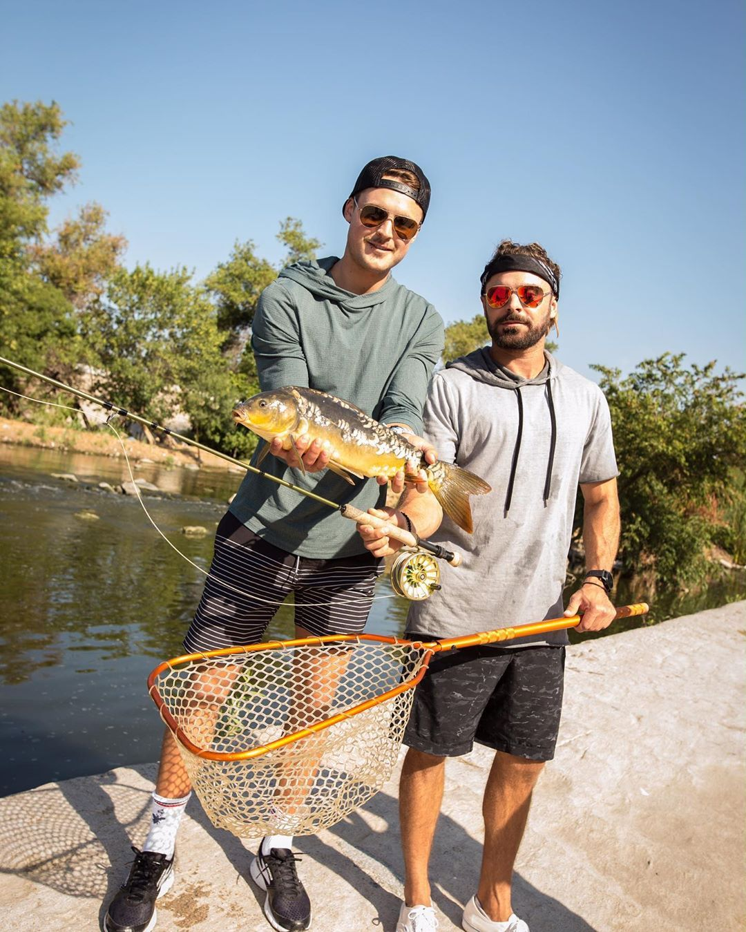 Zac Efron On Instagram Fishing Beside The 5 Freeway In Los Angeles And We Didn T Get Sick After Link In Bio In 2020 Zac Efron Style Zac Efron Zac