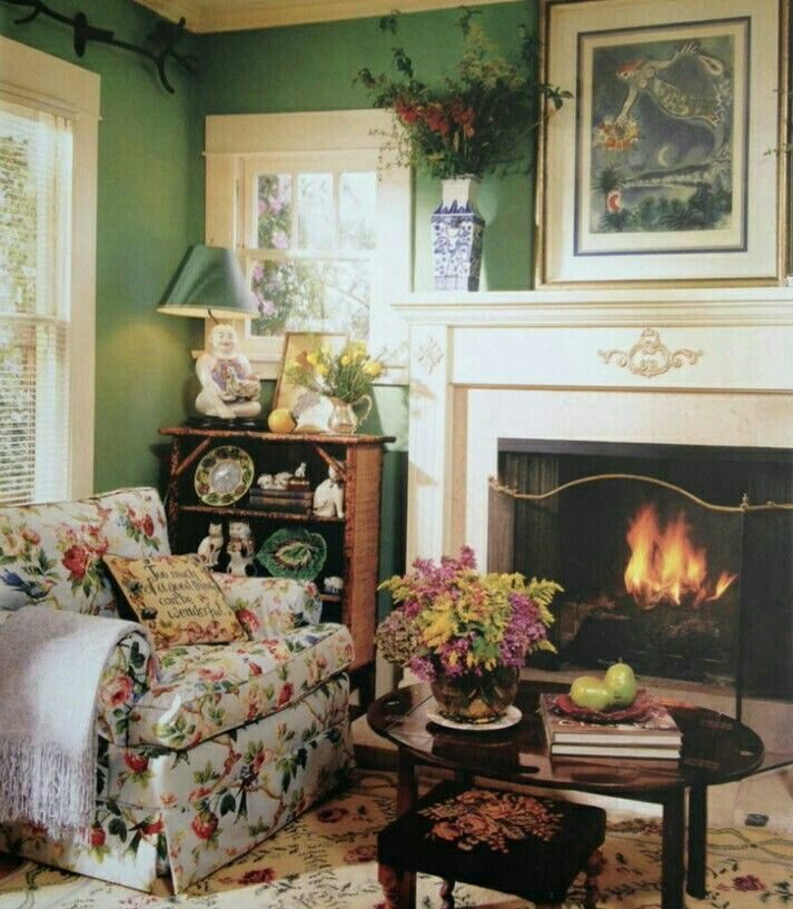 English Cottage Even Though I Wouldn 39 T Give Up My Glowing Yellow Living Room Walls Green