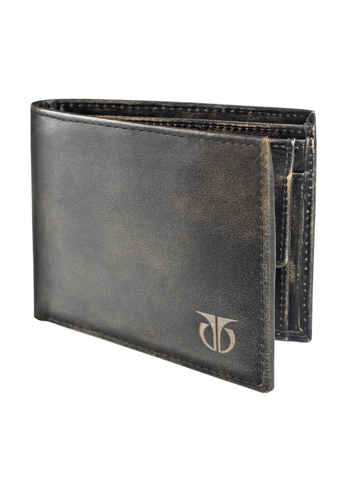God I love that leather color.  Wish it had a money clip