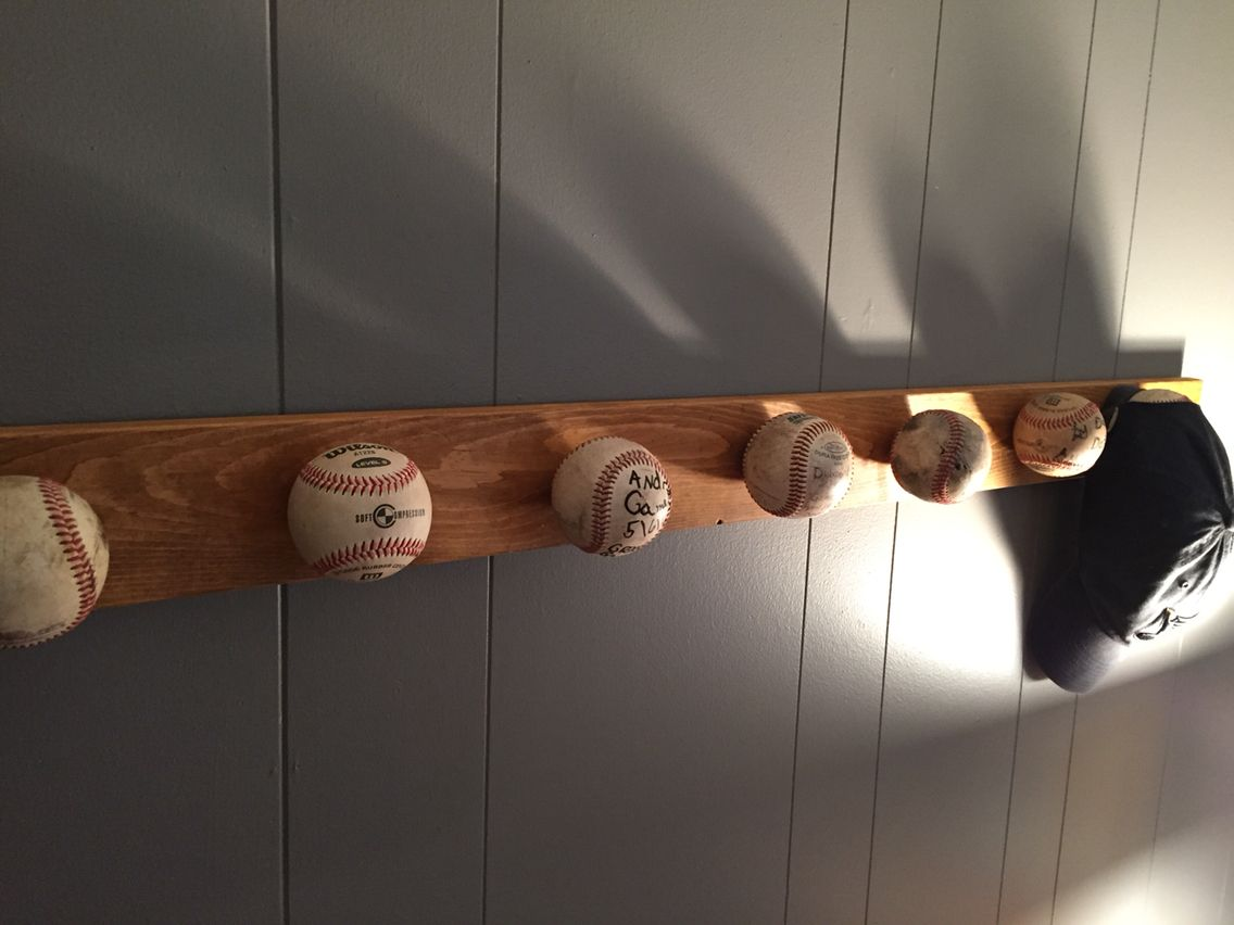 1000 ideas about baseball cap rack on pinterest cap. Black Bedroom Furniture Sets. Home Design Ideas