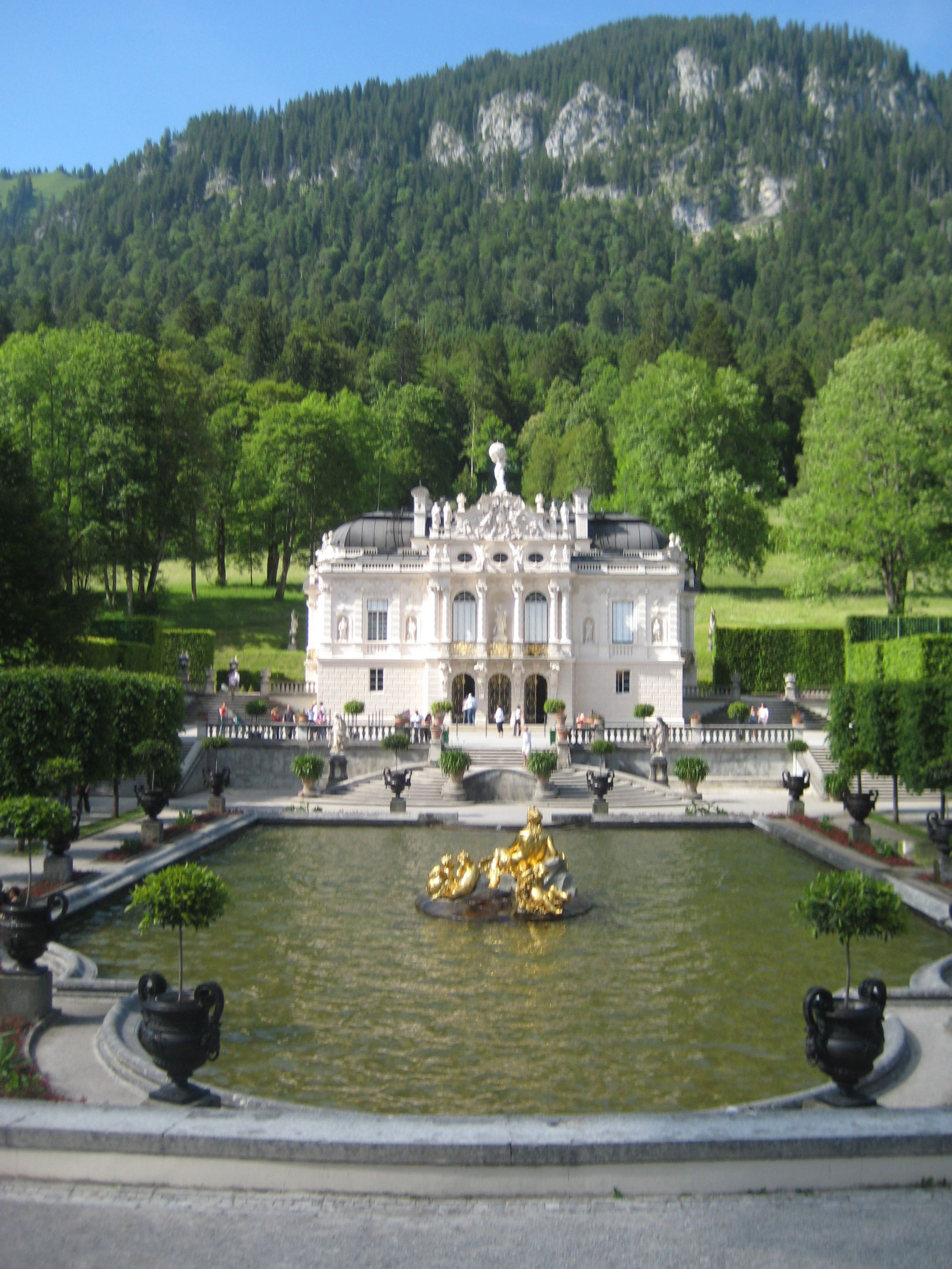 Schloss Linderhof Another Of King Ludwig S Homes Happy That I Was Able To Visit Here But It Was Winter When Beautiful Places Places To Go Incredible Places