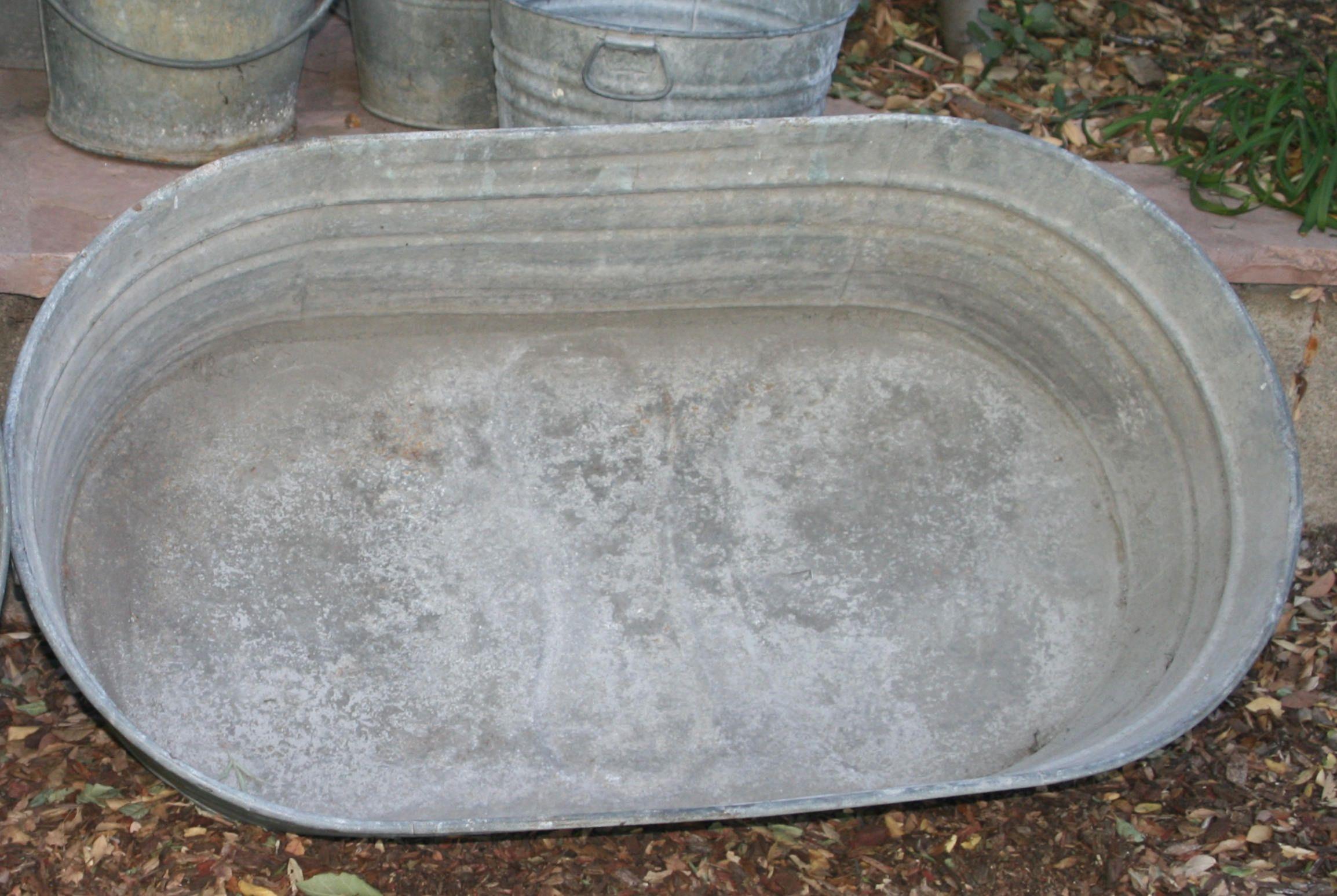 Large Vintage Oval Galvanized Tub Trough Cowboy Bath By Theoldgreengarage On Etsy Galvanized Tub Galvanized Vintage