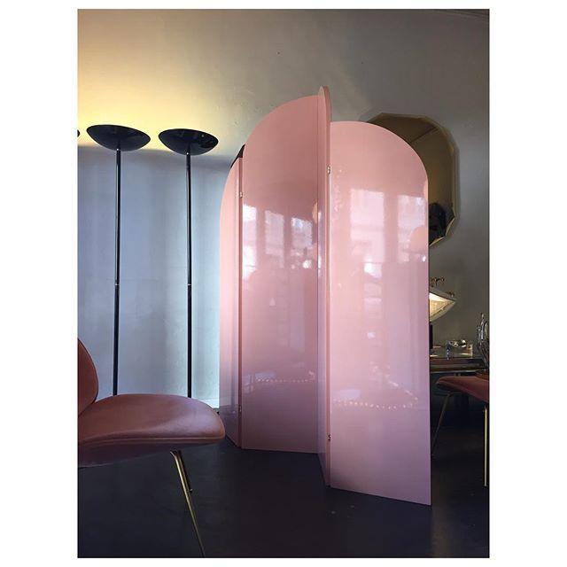 Pink Screen Via Sacrecoeur Shop #atpatelier