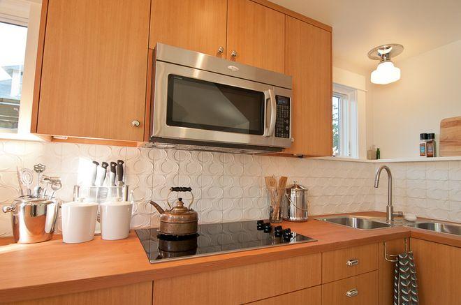 Moderne Küchen · 15 Creative Backsplashes Full Of Character