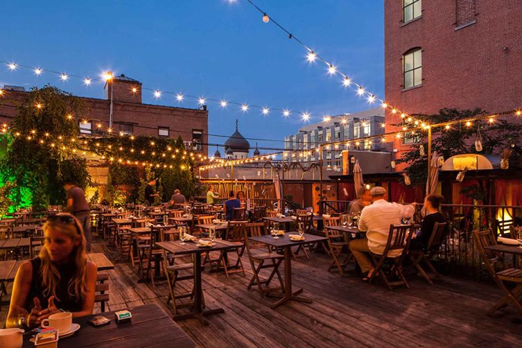 Williamsburg Restaurant Puts The Competition In The Shade With