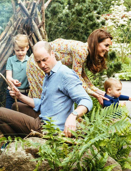 Tenemos lo último de la royal family: Morimos (literal) de amor con las últimas fotos del príncipe William y  Kate Middleton y con sus tres pequeños