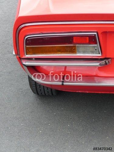 Roter italienischer Sportwagen der Siebzigerjahre im Oldtimer-Park Lippe in Lage bei Detmold in Ostwestfalen-Lippe