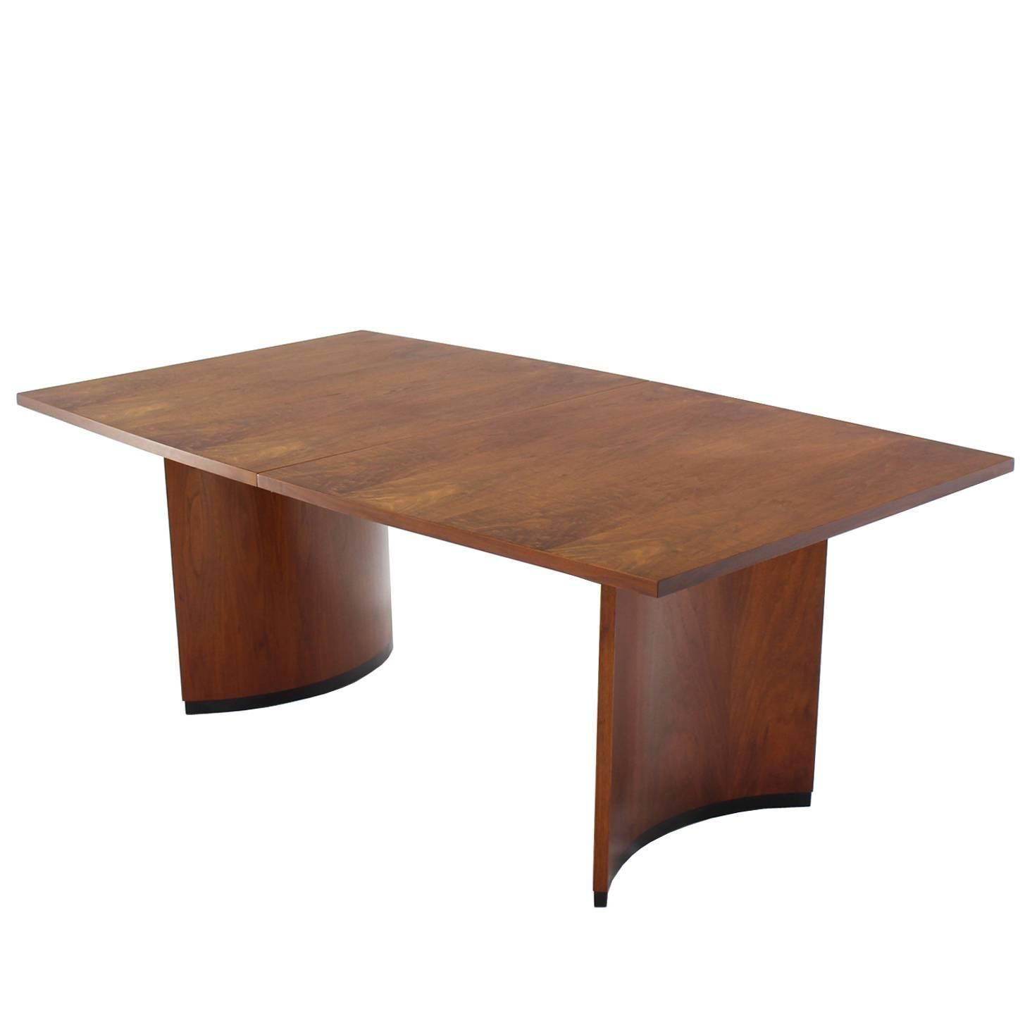Very Nice Mid Century Modern Walnut Dining Table With Two Extension Leaves