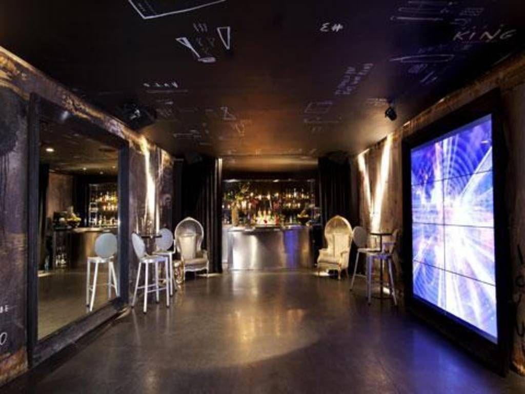 Pin By Sabrina Hernando On Bars Madrid Nightlife Entertainment Guide Night Life
