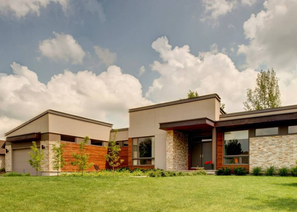 Contemporary bungalow design by Ardington and Associates ...