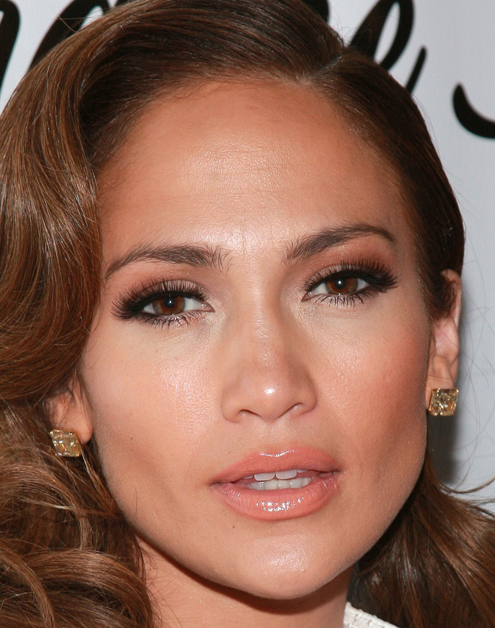 JenniferLopez JLo makeup beauty face celeb