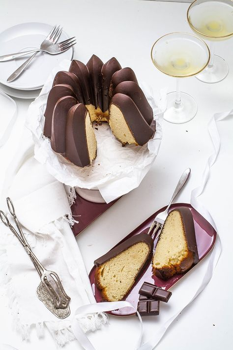 Marzipan chocolate ring cake - Marzipan Chocolate Gugelhupf – Kitchen Deer -