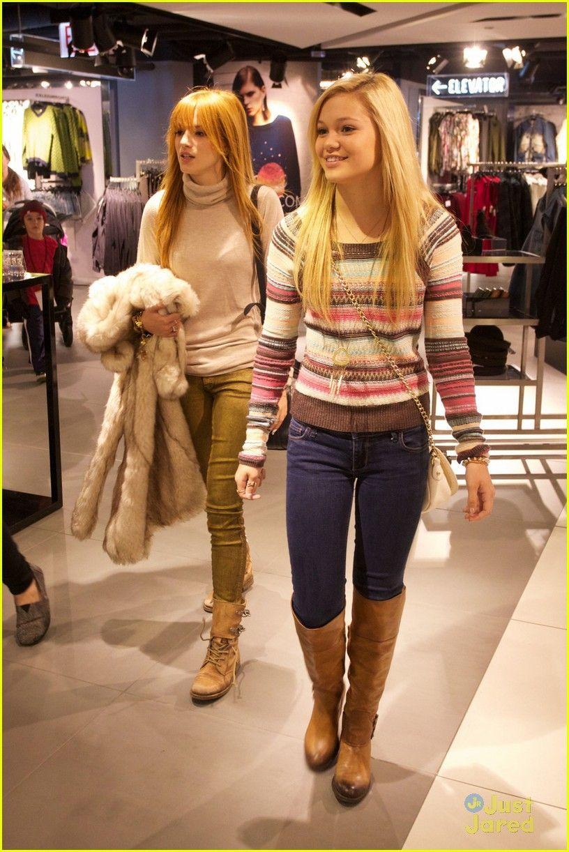 .@bellathorne & @olivia_holt top shoppers in Chicago