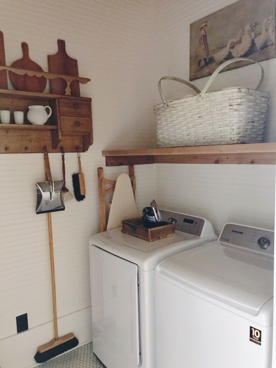 An Old Fashioned Farmhouse Laundry Room Gaddie Tood Farmhouse Laundry Room Old Fashioned Kitchen Farmhouse Laundry