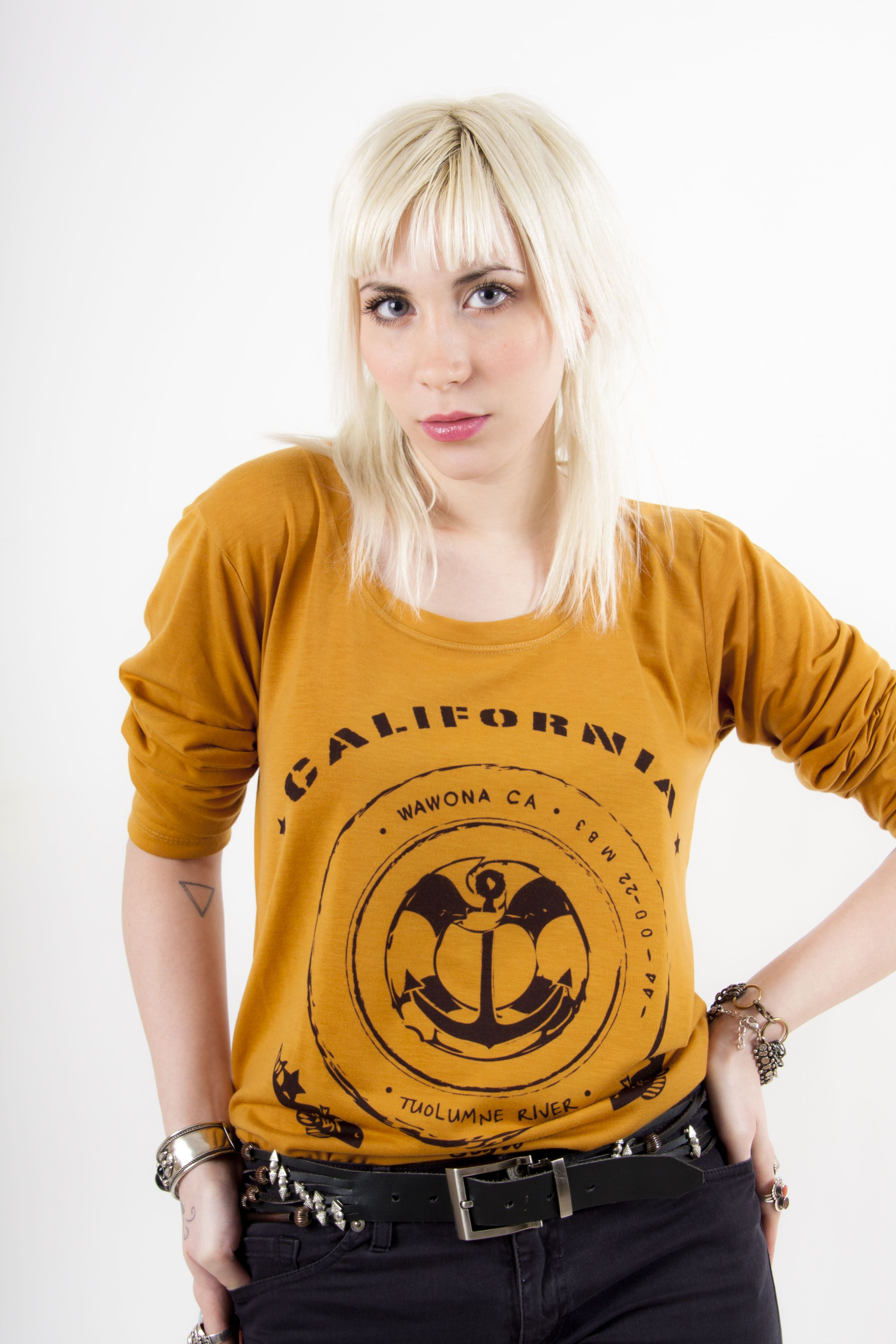 California (With images) T shirts for women, Fashion
