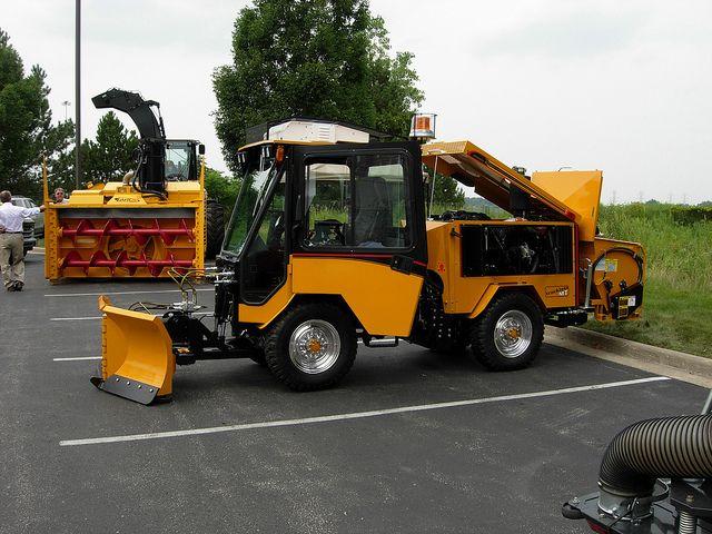 New Sidewalk Snow Plow Unit 1 Snow Plow Tractors Snow