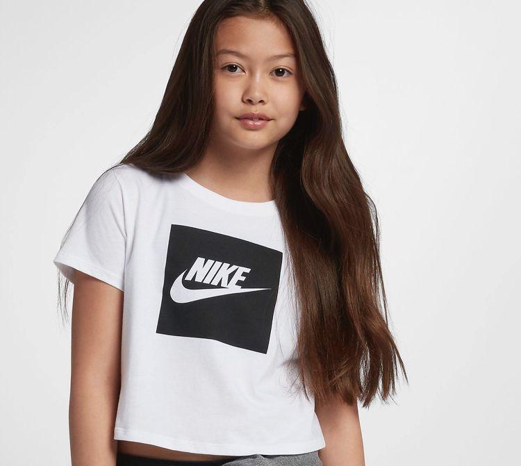 a023e417 Nike Sportswear Older Kids' (Girls') Crop Top | vernas closet in ...