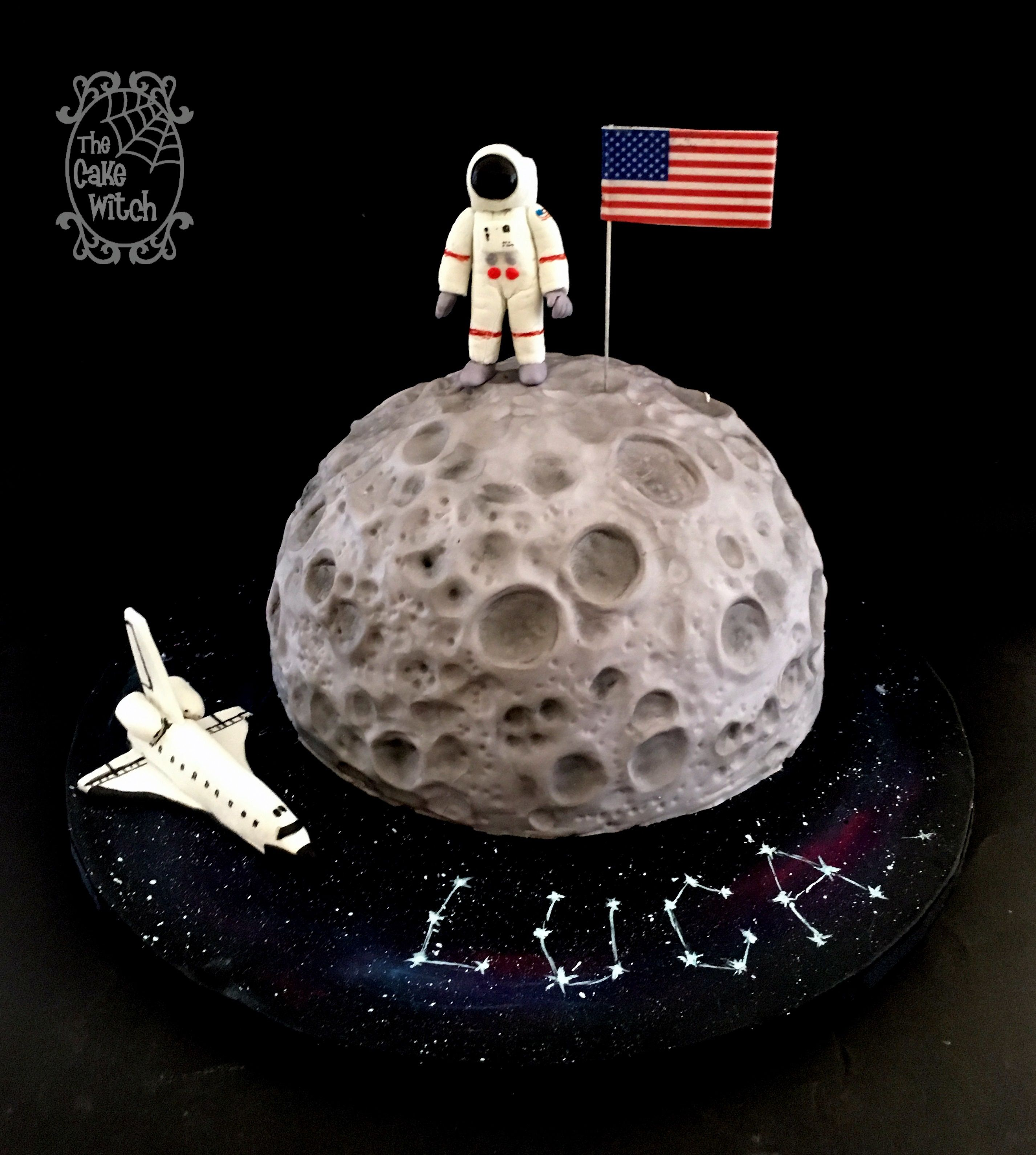 Prime First Man On The Moon Birthday Cake Moon Shaper And A Spaceman Personalised Birthday Cards Cominlily Jamesorg