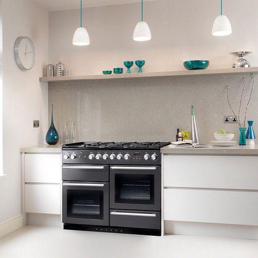 Vår nye Nexus komfyr passer perfekt til moderne kjøkken  #Falcon #falconnorge #kitchen #kjøkken #komfyr #falconkomfyr #rangecooker #frittståendekomfyr #beautifulkitchen #ilovemycooker by falconnorge Great kitchen remodeling ideas