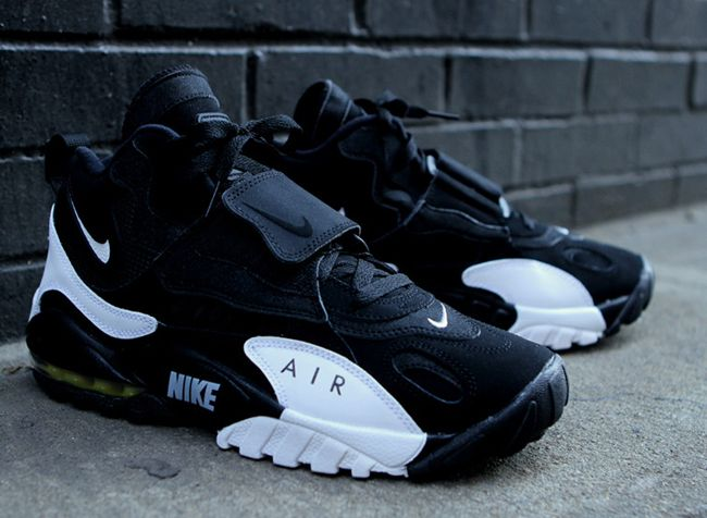 official photos 28239 d6958 Nike Air Max Speed Turf Black White New Images