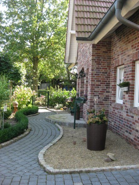 Hausfassade / Außenansichten 'Vorgarten '10' #backyardpatiodesigns