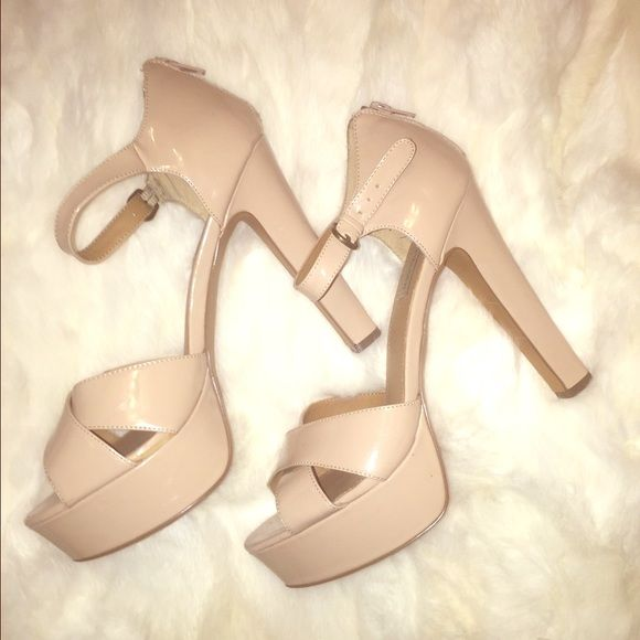664d0a734cd Steve Madden nude patent leather heels These sexy platform sandals ...