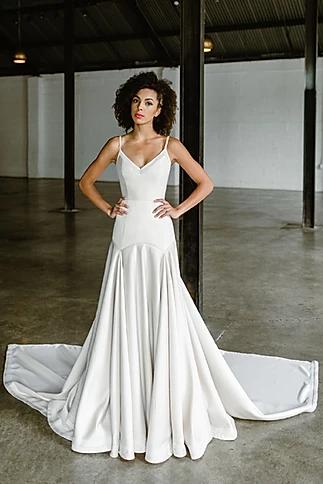 Collection 2020 Tara Latour Carver In 2020 Couture Wedding Gowns Couture Bridal Gowns Designer Bridal Gowns