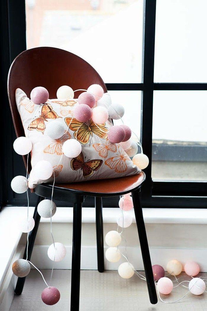 beaucoup d 39 id es d co avec la guirlande lumineuse boule guirlande lumineuse. Black Bedroom Furniture Sets. Home Design Ideas