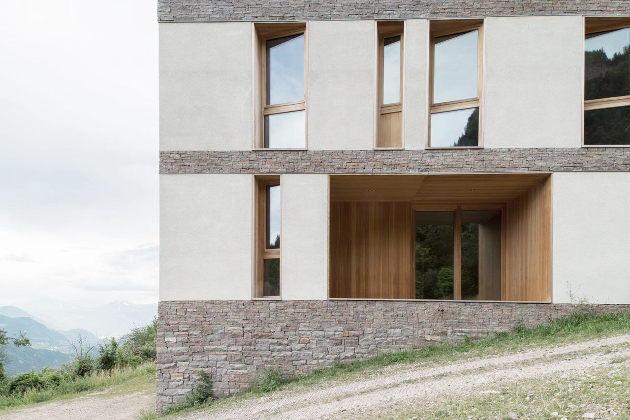 Elisabeth and Helmuth Uhl Foundation / Modostudio