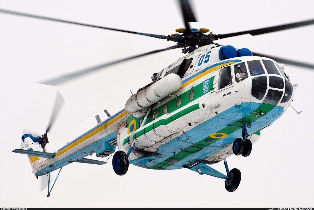 Мі-8МТ бортовий номер 05 «синій» (с/н 93381) Державної прикордонної служби України, Жуляни, 2014 фото © Vasiliy Koba