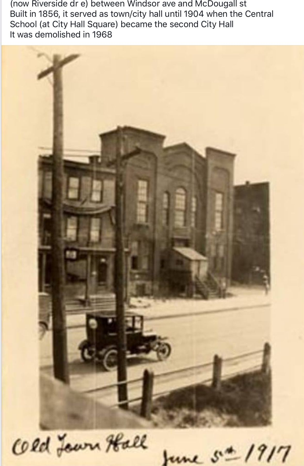 Circa 1917 - City of Windsor Old Town Hall was located on ...