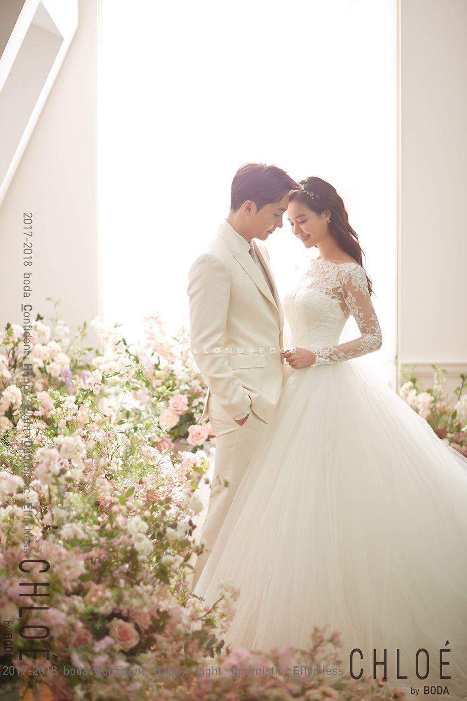 Pin By Alexbuntha On Studio Pinterest Wedding Wedding Photos