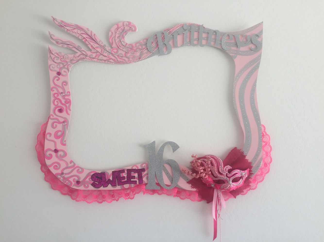 Sweet 16 party frame theme masks colors pink and silver with sweet 16 party frame theme masks colors pink and silver with glitter follow us jeuxipadfo Gallery