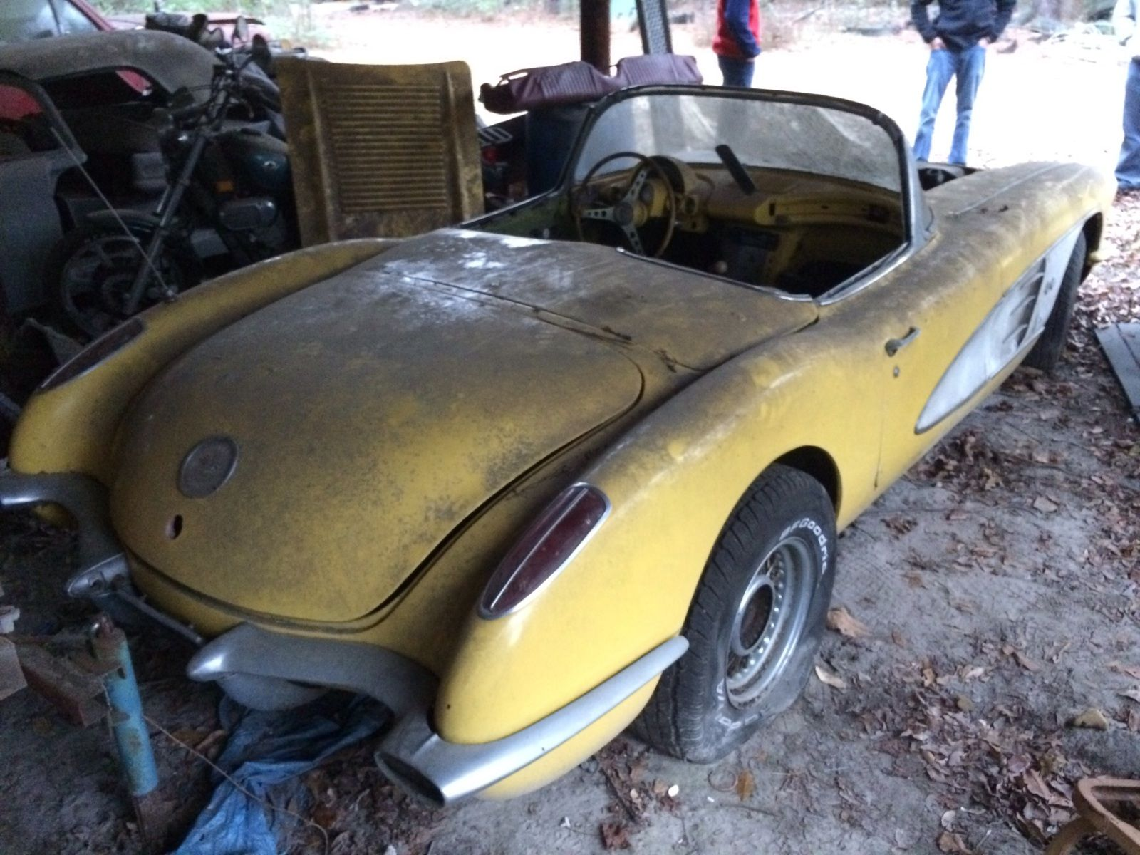 169 best Barn Finds, Field Cars and Garaged Corvettes images on ...