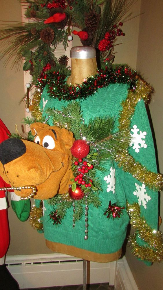 """UGLY CHRISTMAS Sweater SCOOBY DOO   M/L 44""""chest front/back design #UglyChristmas #Crewneck"""