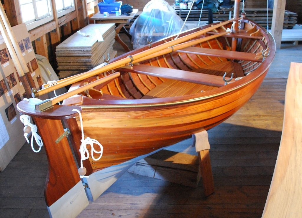 Custom Built Lugger Catboat - Traditional 14' Dinghy | Classic Driver Market