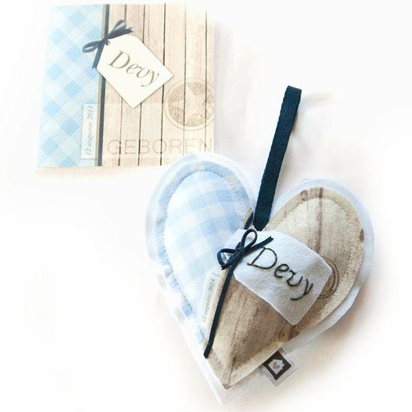 handgemaakte hartjes voor jongens - handgemaakte vaantjes voor jongens - vaantje - hartje - Jongenshartjes -Handgemaakte hartjes -Hart en Huis