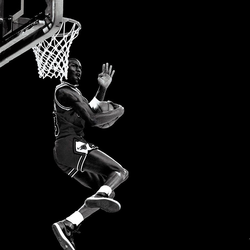 Jordan Fly Nba Basketball Ipad Wallpaper Michael Jordan Jordans Sports