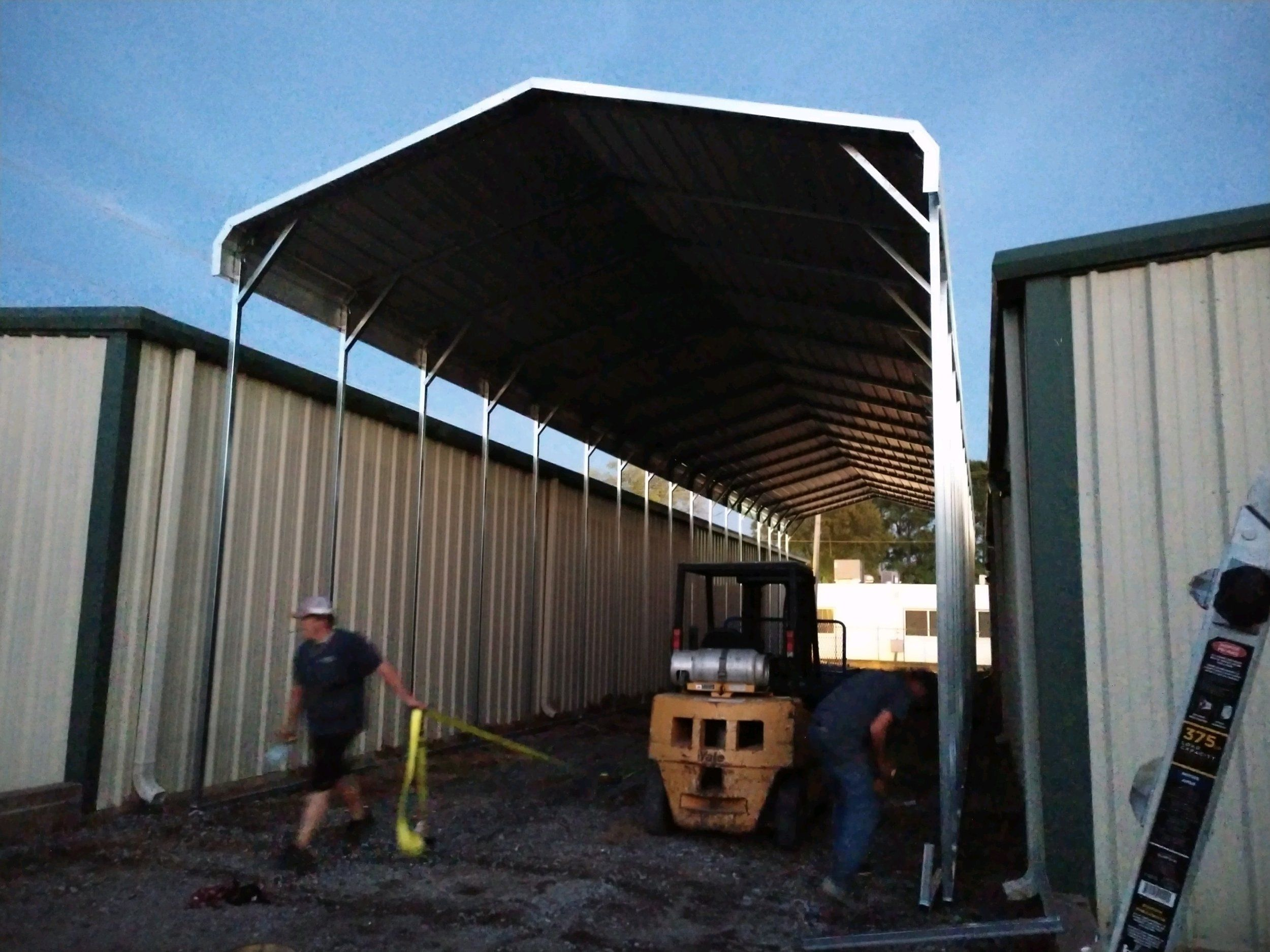 Image Result For Cantilevered Corrugated Steel Roof Cantilever