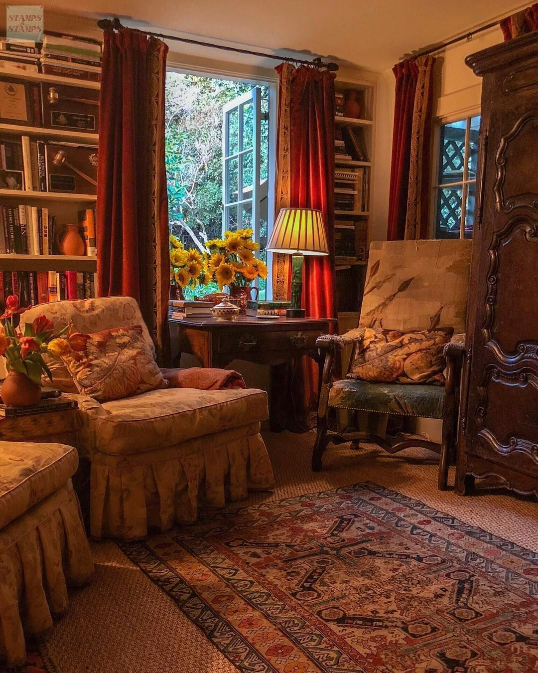 Cottage Home Library: It Is So Nice To Have Flowers Left Over From A Party